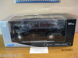 Welly 1/18 2001 GMC YUKON DENALI SUV BLACK 19863BK NEW