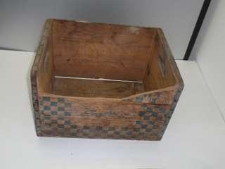 1959 Sealtest Foods Connecticut Wooden Milk Crate Box