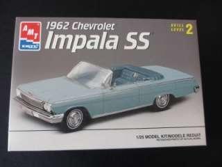 AMT Ertl 1962 Chevrolet Impala Super Sport Plastic Model Car Kit 1/25