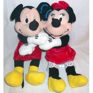 Disney Valentine Day Mickey and Minnie Mouse Hugging 8