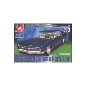 1/25 69 Ford Galaxie Hard Top: Toys & Games