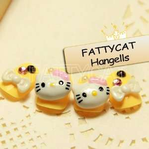 FASHION 3D NAIL ART KITTY ACTION 24 nails Sold By FATTYCAT