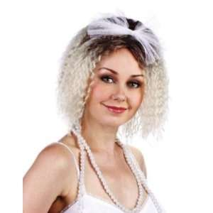 1980s Crimped Fancy Dress Wig & Bow Inc FREE Wig Cap Toys & Games