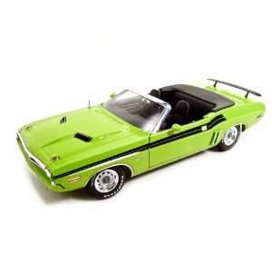 1971 Dodge Challenger Green 1/18 Diecast Model Toys & Games