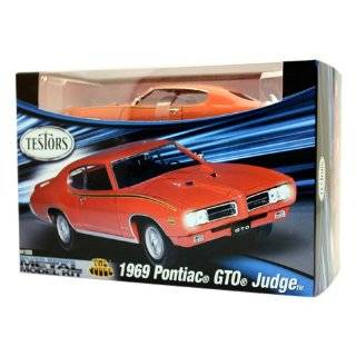Dodge Charger R/T Red Testors Metal Model Kit Toys & Games