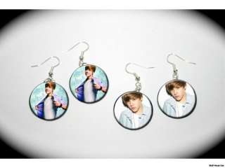 JUSTIN BIEBER song notes 2 pairs of charm EARRINGS