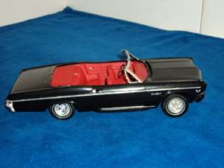 Vintage AMT 1966 Chevy Impala SS 396 3 in 1 Built Model Kit # 6716