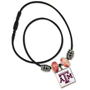 TEXAS A&M AGGIES OFFICIAL 18 NCAA NECKLACE Sports