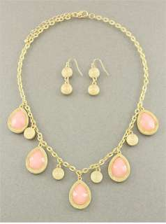 Chunky Spring Time Gold Tone Base Pink Accented Necklace & Earring Set