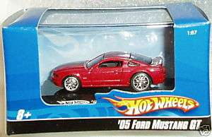 Hotwheels Blue Box 05 Ford Mustang GT Rose w/mag rims