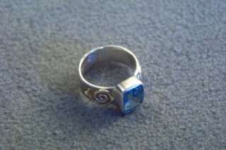 WOW ANTIQU SILVER LONDON BLUE TOPAZ CIRCLE OF LIFE RING