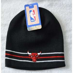 Chicago Bulls Black Striped Skull Cap   Cuffless Beanie Hat