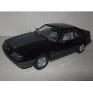 1985 Ford Mustang GT Black 118 GMP Toys & Games