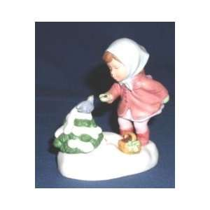 1986 Avon Wish you a Merry Christmas Figurine