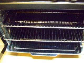 Farberware Turbo Convection Oven w/ 2 Racks NICE CLEAN !!