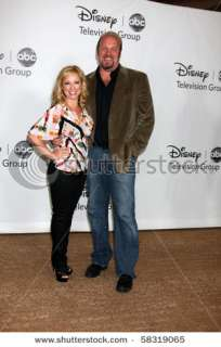 stock photo : LOS ANGELES   AUGUST 1: Leigh Allyn Baker & Eric Allan
